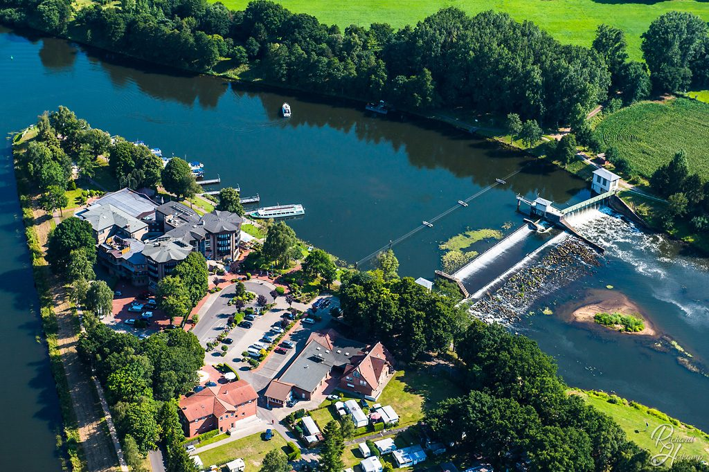 Ems und Kanal in Hanekenfaehr - Luftbild